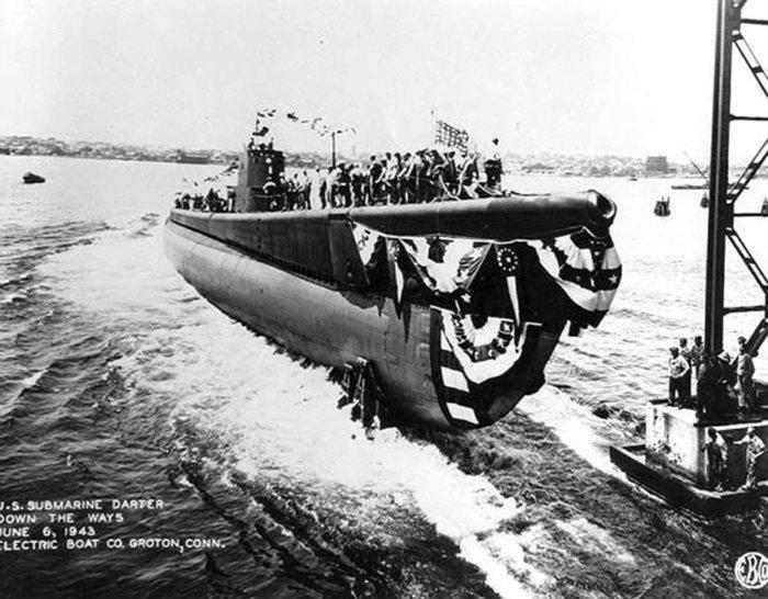 USS DARTER 1942